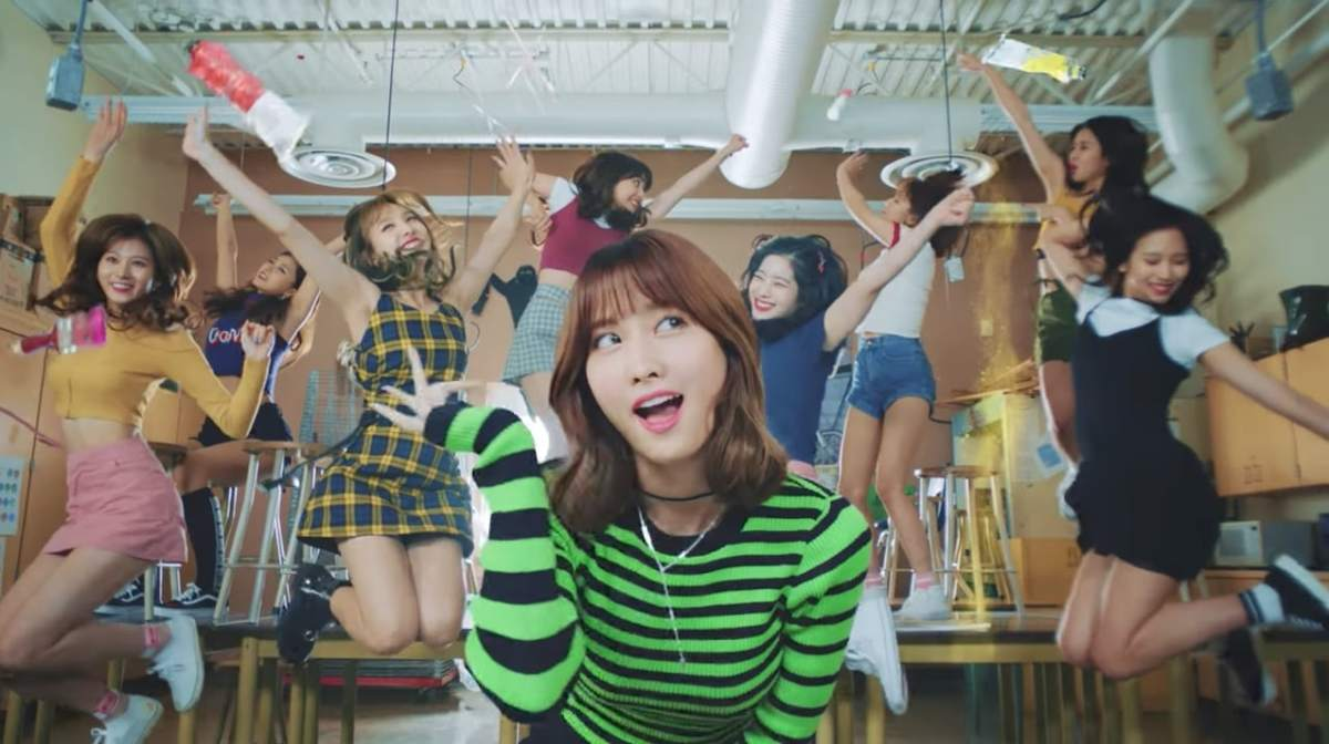 [Review] Likey - TWICE