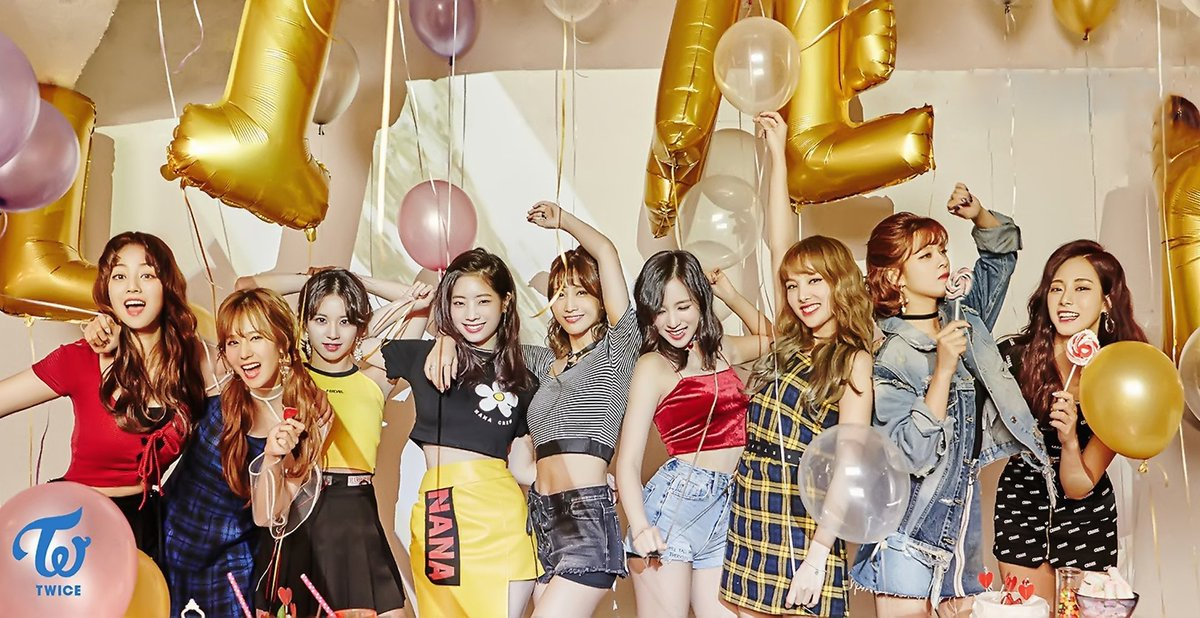 Album Review] Twicetagram / Merry & Happy (1st Studio Album