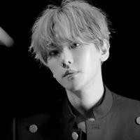 [Review] UN Village - Baekhyun (EXO)